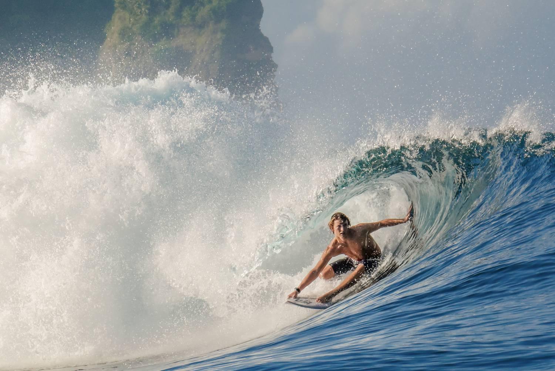 Surfing Sumba
