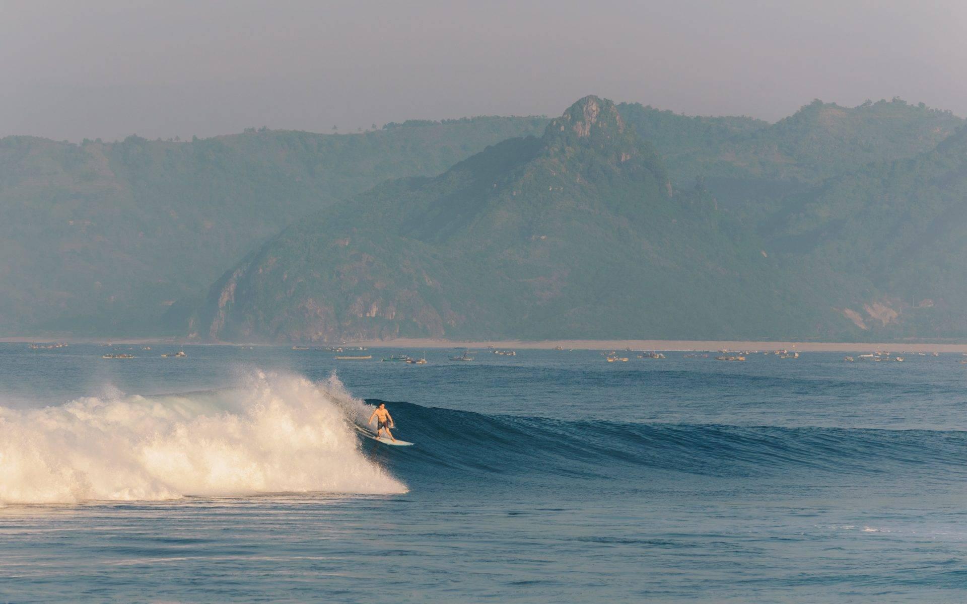 Mawi Surf Trip Lombok