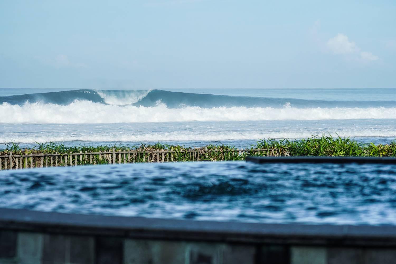 Mahi-Mahi Surf Resort