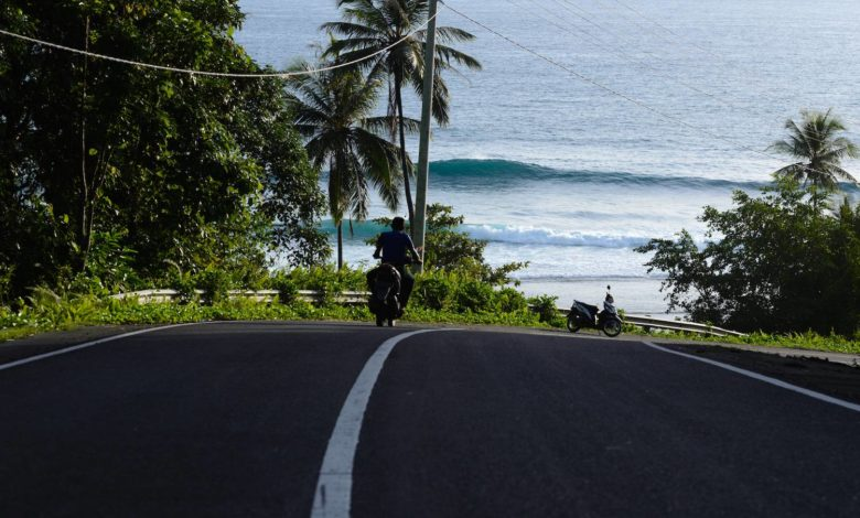 Photo of Empty Surf in Simeulue