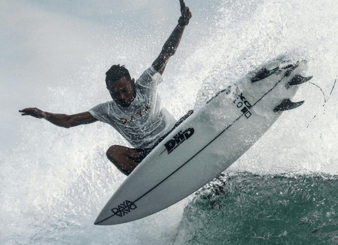 Surf Coach Mega